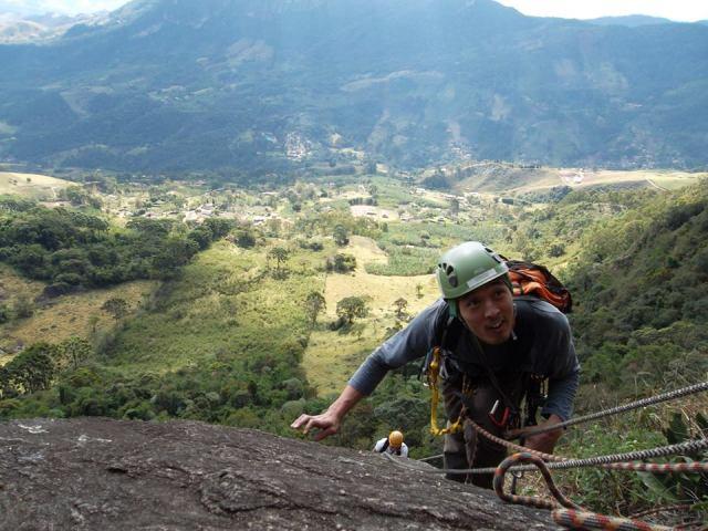 Escalada no Bauzinho que foi adiada a anos, por causa da trilha, mas que foi possível escalar!